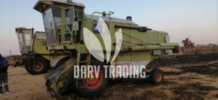 Claas 66 Dominator with Wheat & Corn Table