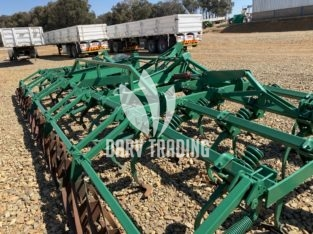 Trashandicult 7.3m with 590 tine